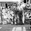 nieuwe kerkstraat, z/w-fotografie, straatfotografie, grafiti