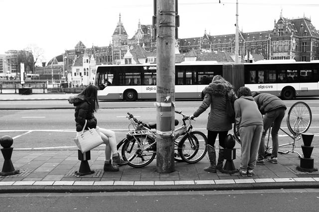 straatfotografie, Amsterdam, Prins Hendrikkade, streetphotography