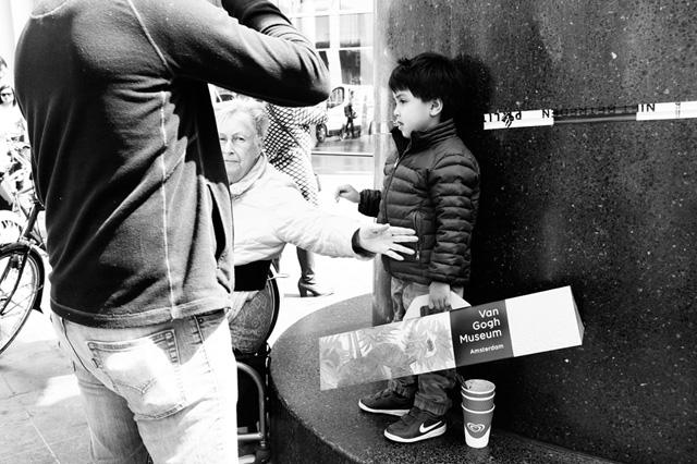 Straatfotografie, Den Haag, Spui< Kalvermarkt, Streetphotography