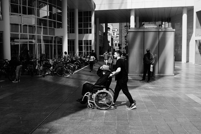 Straatfotografie, Den Haag, Spuiplein, Streetphotography
